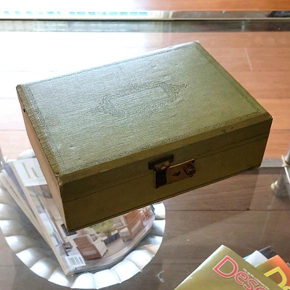VTG 50s Jewelry Box